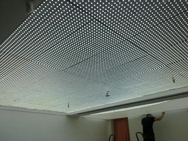 Особенности и преимущества светодиодных ламп и панелей